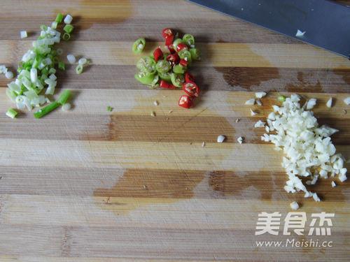 酸辣荞麦面的简单做法