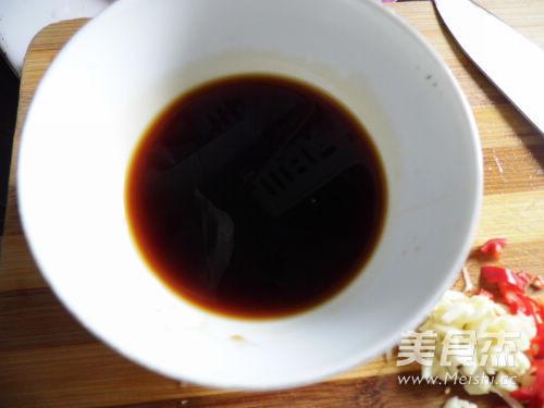 油淋蒜香芦笋的简单做法