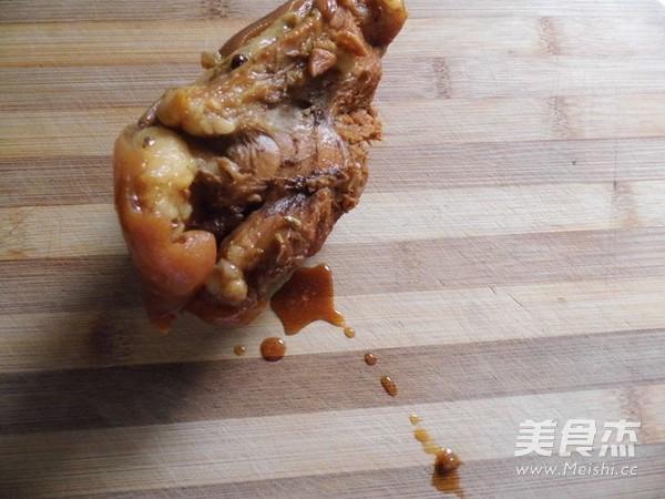 蒜酱卤蹄髈怎么做