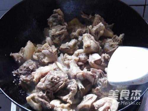 丁香口蘑焖鸭怎么炒