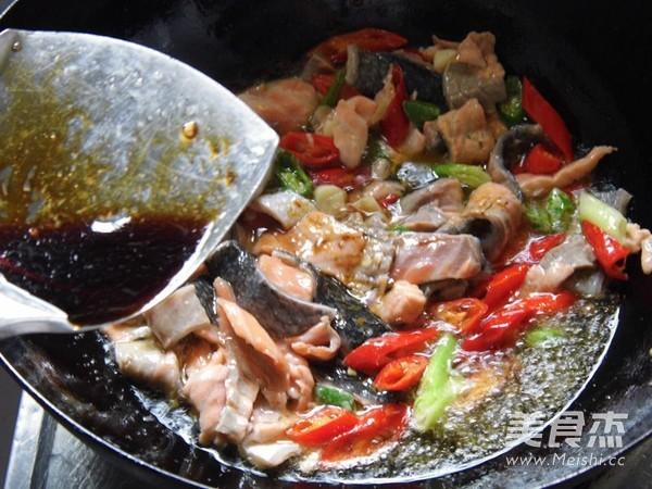 尖椒炒三文鱼怎么煮