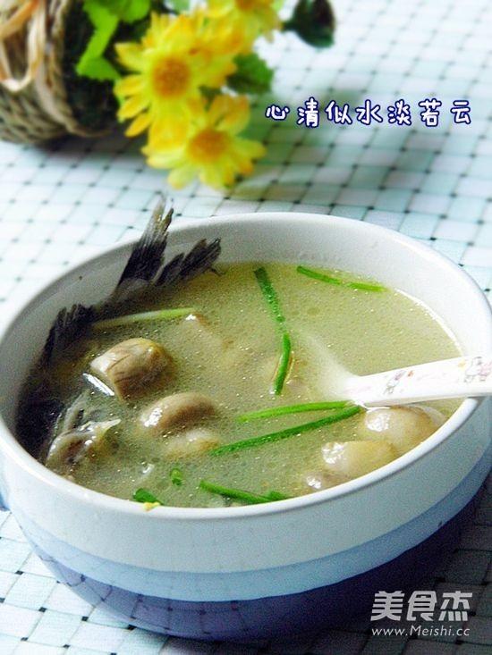 黄腊丁鲜蘑汤成品图