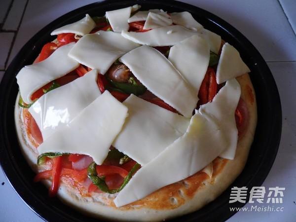 脆底海鲜披萨怎样煸