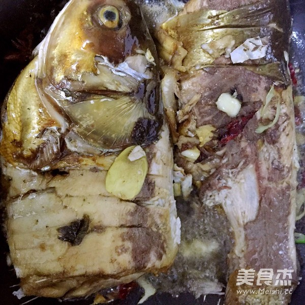 烧鲢鱼怎么做