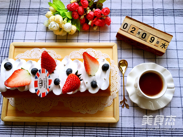 草莓奶油蛋糕卷的做法大全