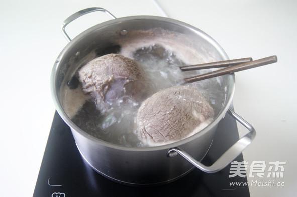 冬季温暖心胃的【自制牛肉米线】 (附卤牛肉做法)怎么煸