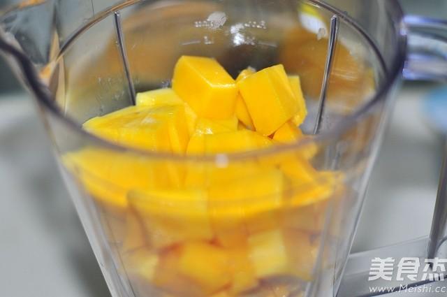 芒果酸奶奶昔的家常做法