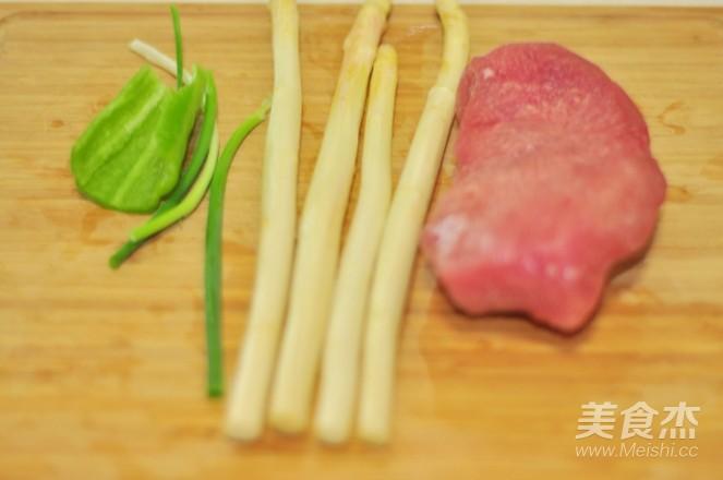 白芦笋红油拌猪肉的做法大全