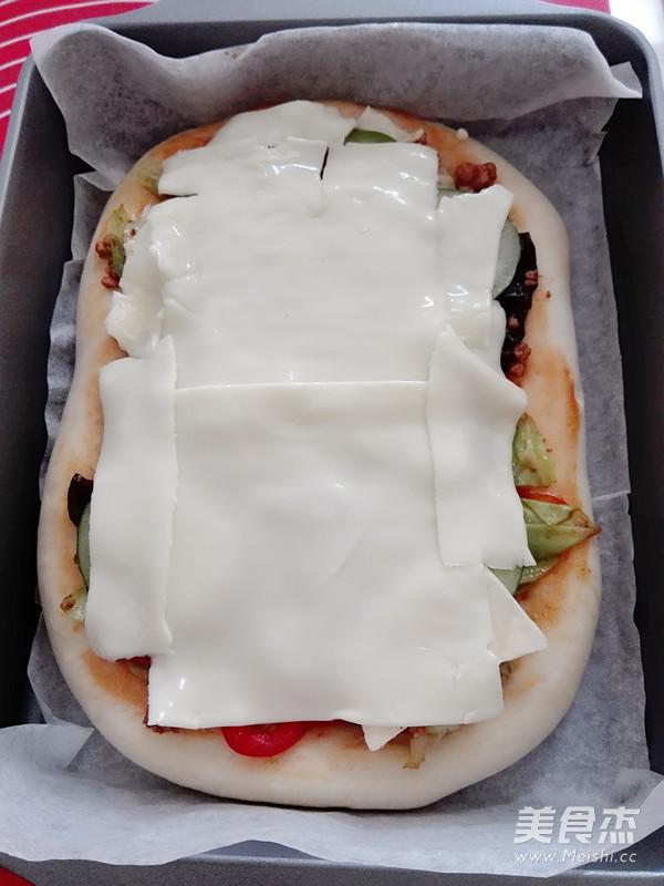鲜蔬肉酱披萨怎么炖