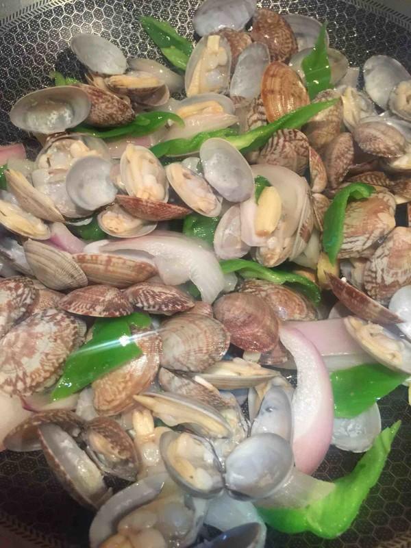 爆炒蛤蜊怎么吃