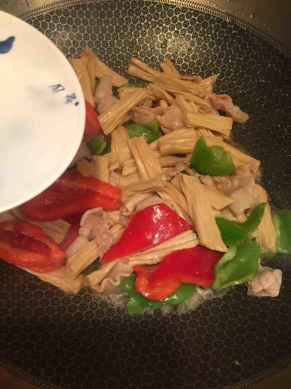 腐竹炒肉片怎么吃