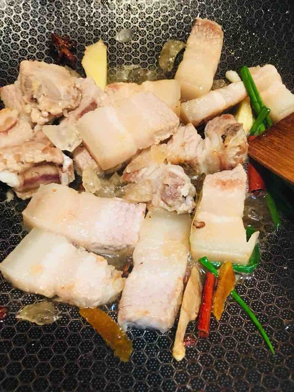 山楂五花肉的简单做法