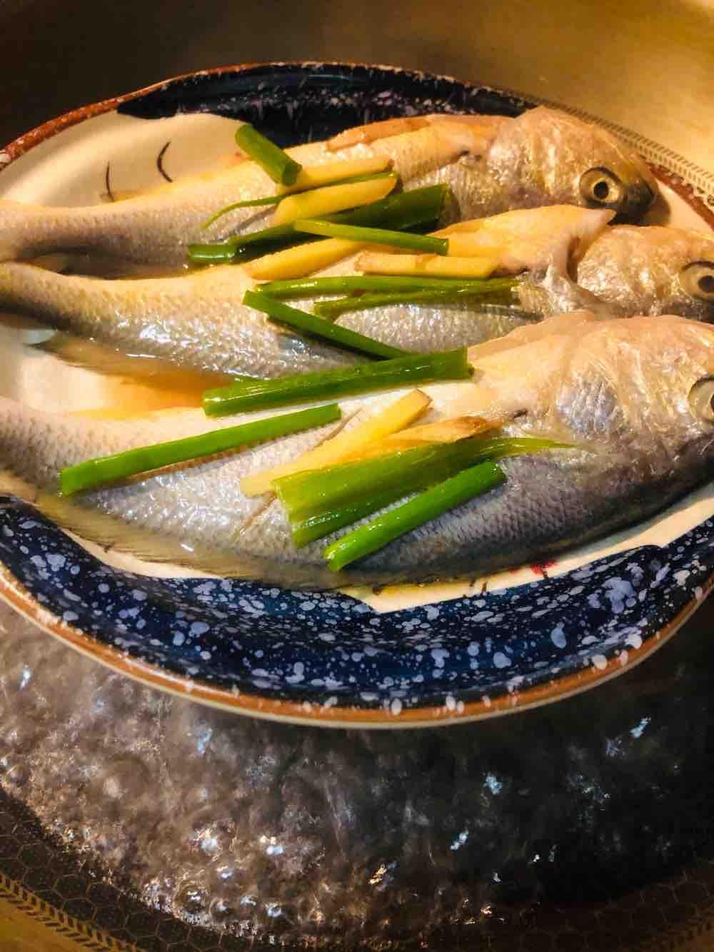 清蒸小黄鱼的家常做法