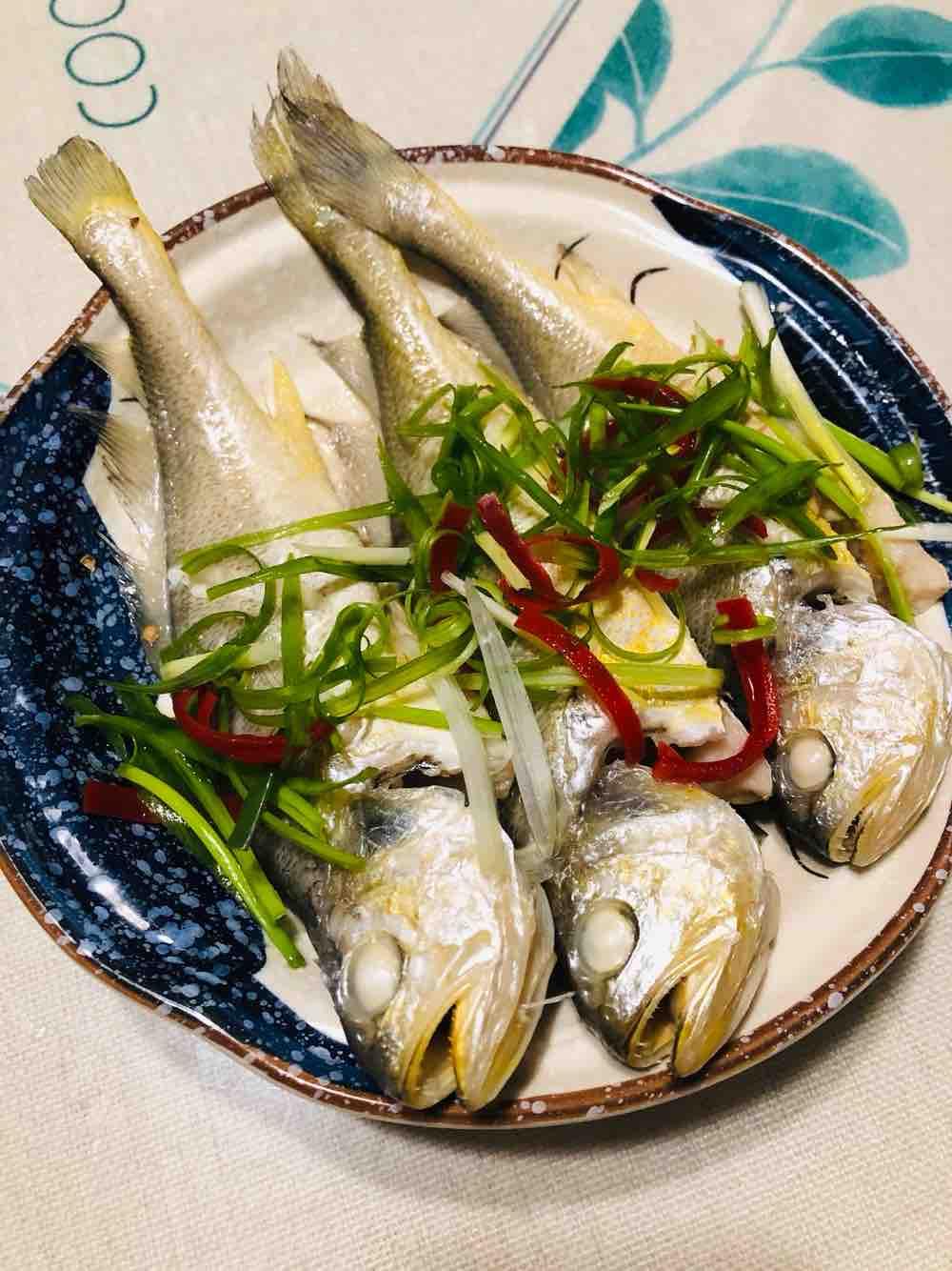 清蒸小黄鱼怎么吃