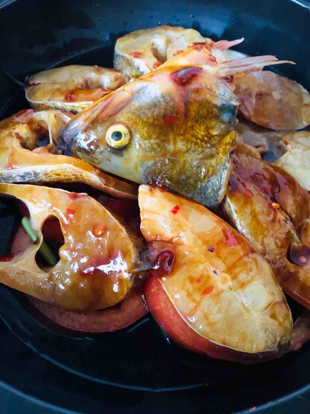 番茄焖鱼怎么吃