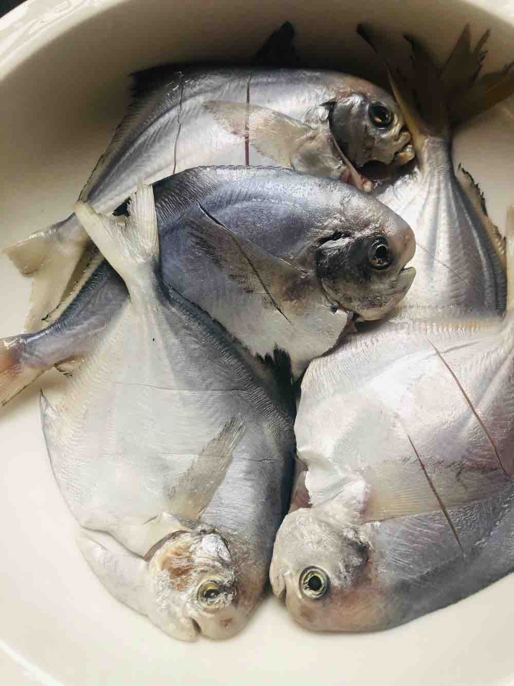 清蒸鲳鱼的步骤
