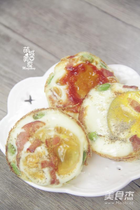 营养早餐烤鸡蛋成品图