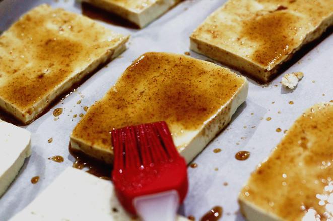 美的电烤箱#烤豆腐的家常做法