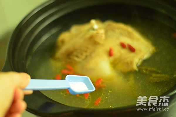当归炖鸡汤怎么吃