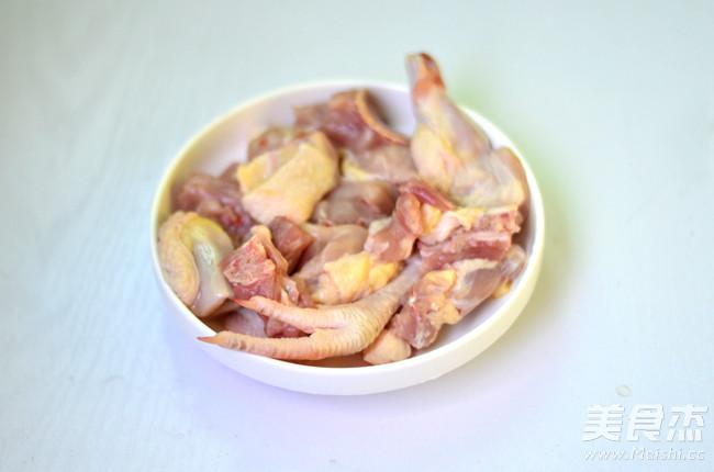胡萝卜香菇炖鸡的做法图解