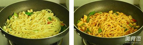 茄汁鸡丁拌面的简单做法