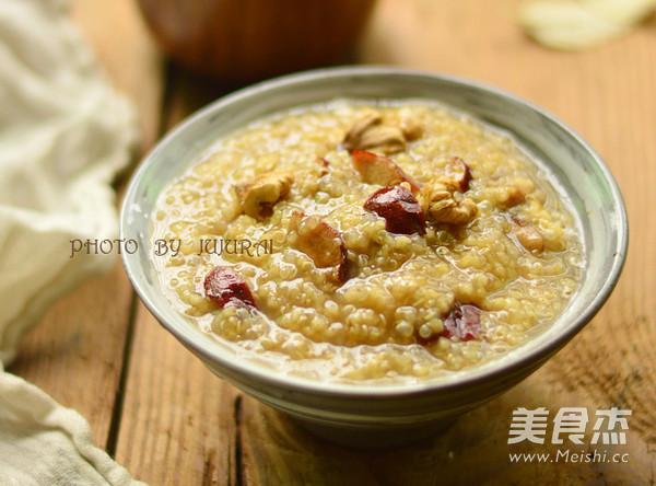 藜麦小米粥成品图
