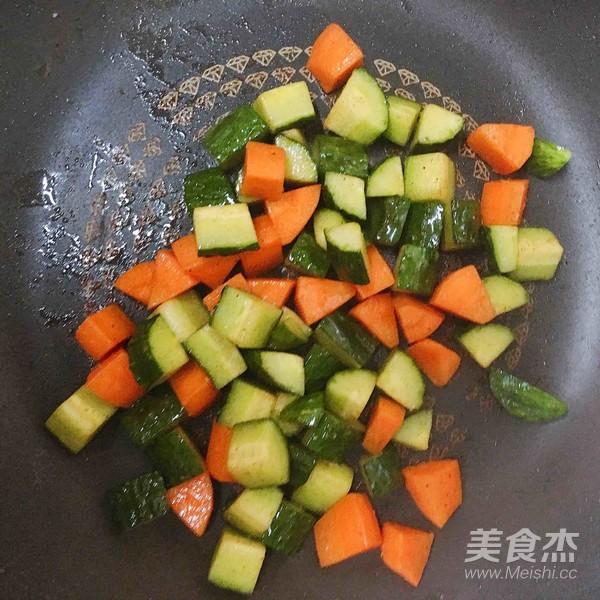 炒虾仁的简单做法