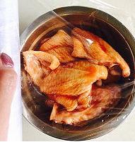 蜜汁烤鸡翅的简单做法