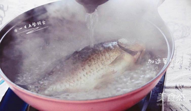奶白鲫鱼豆腐汤怎么吃