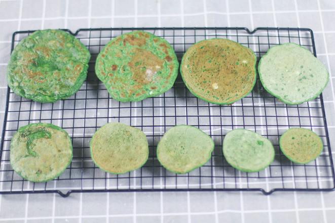 菠菜厚松饼圣诞树——宝宝辅食怎么吃