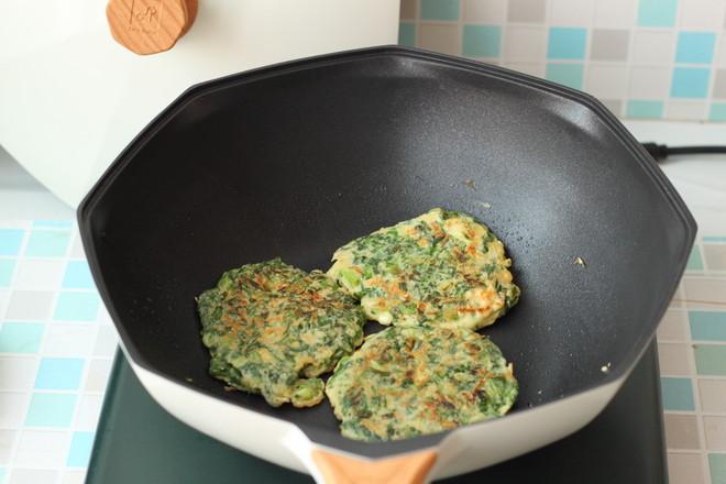 芹菜叶鸡蛋早餐饼怎样煸