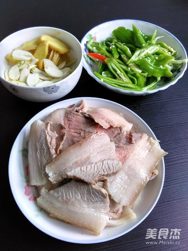 尖椒回锅肉的家常做法