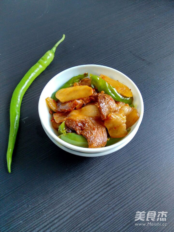 尖椒回锅肉怎么煸