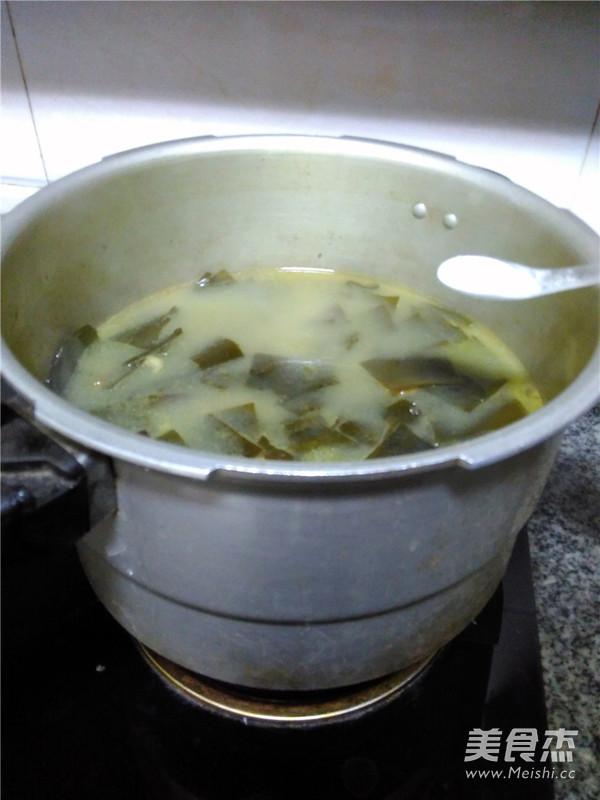 海带排骨汤怎么煮