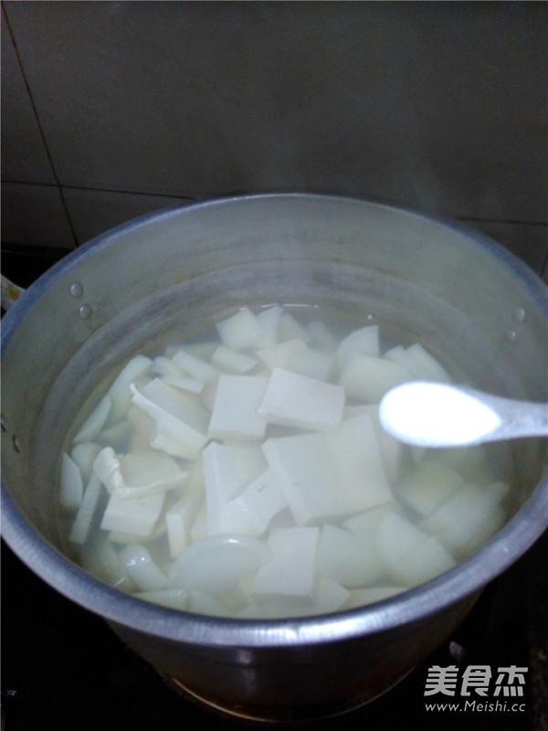 萝卜豆腐汤怎么炒