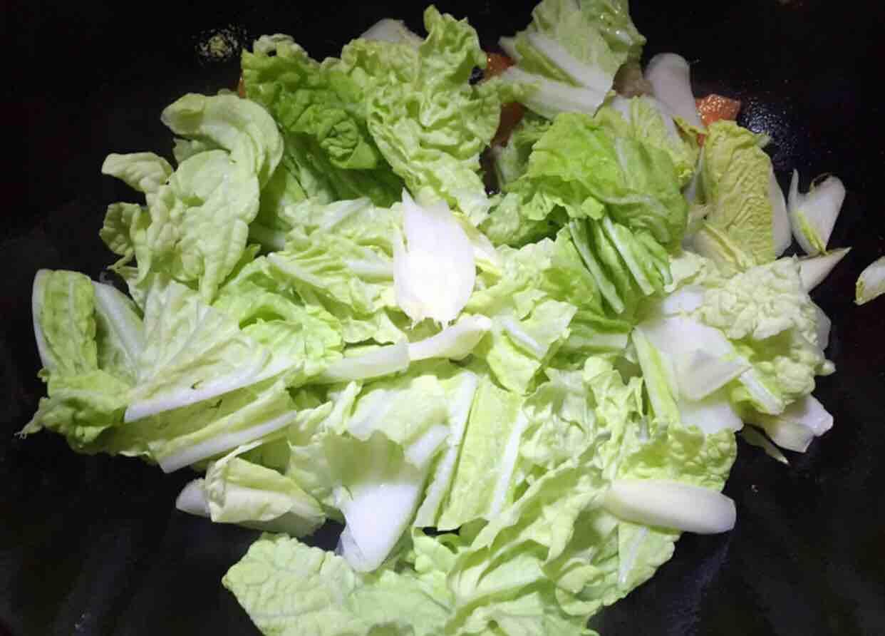 木耳炒白菜怎么煸