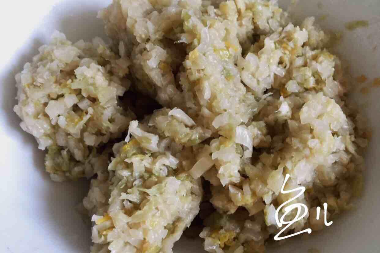 猪肉酸菜水饺的简单做法