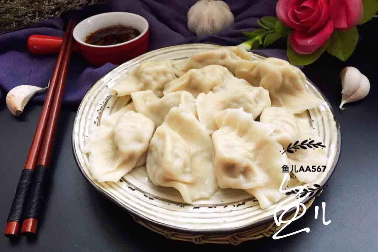 猪肉酸菜水饺的制作