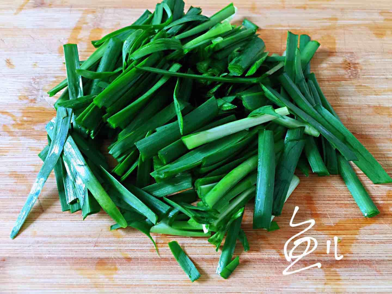 虾仁和它一起炒,味道鲜美,做法简单,厨房小白也能做的好!怎么吃