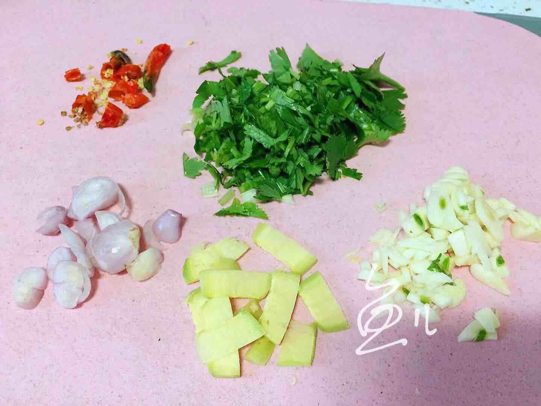 鲤鱼炖粉条的简单做法