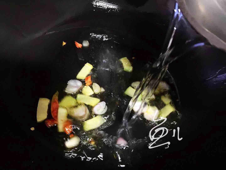 鲤鱼炖粉条怎么煮