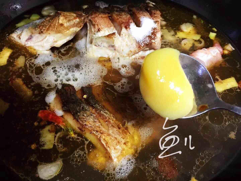 鲤鱼炖粉条怎样炒