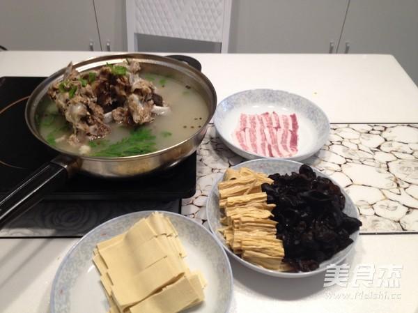 羊蝎子火锅的简单做法