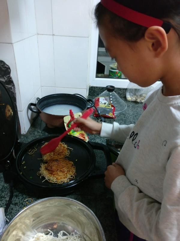 饼(面条鸡蛋饼)的家常做法