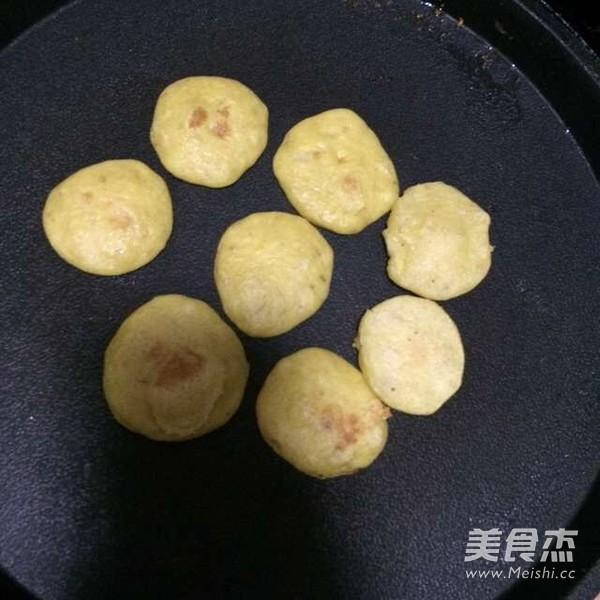 香蕉玉米面儿小小饼怎么做