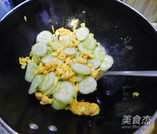 黄瓜炒鸡蛋怎么煮