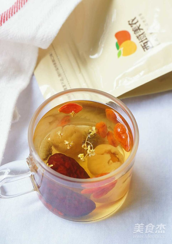 养颜还补血——枸杞红枣桂圆菊花茶怎么吃