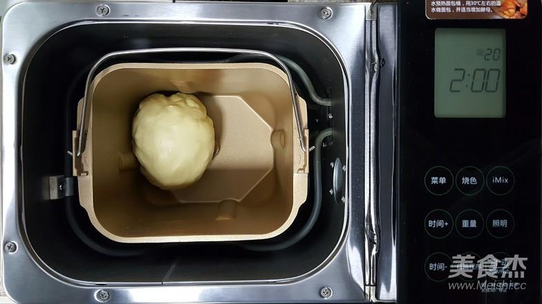 黄油手撕面包卷的家常做法