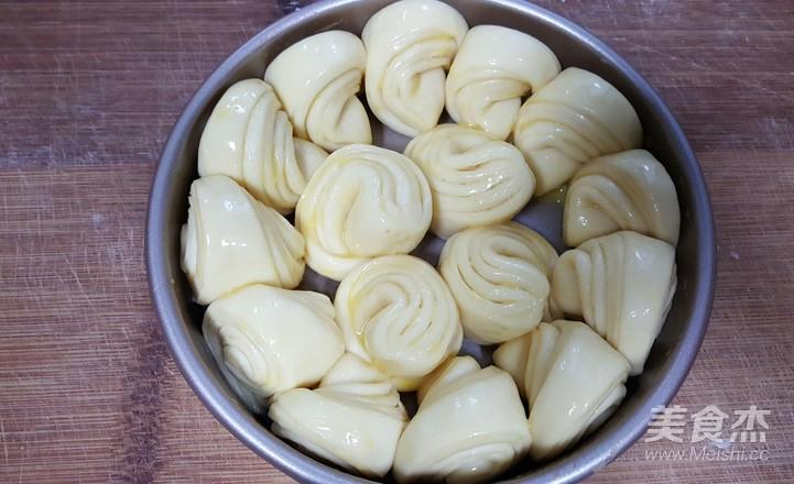 黄油手撕面包卷怎样做