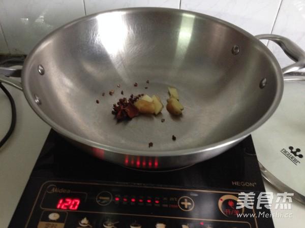 香烤土豆猪蹄的家常做法